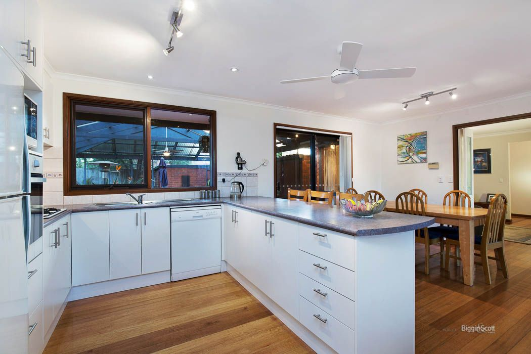290 Windermere Drive, Ferntree Gully VIC 3156, Image 1