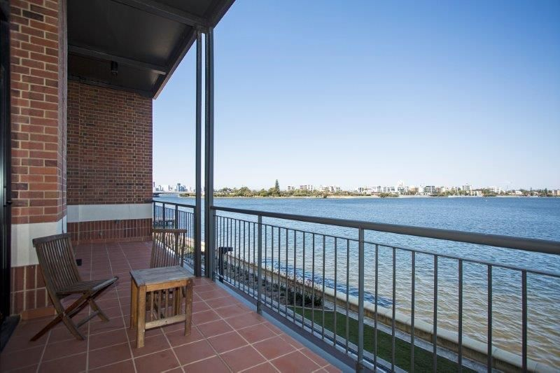 102/173 Mounts Bay Road, Perth WA 6000, Image 1