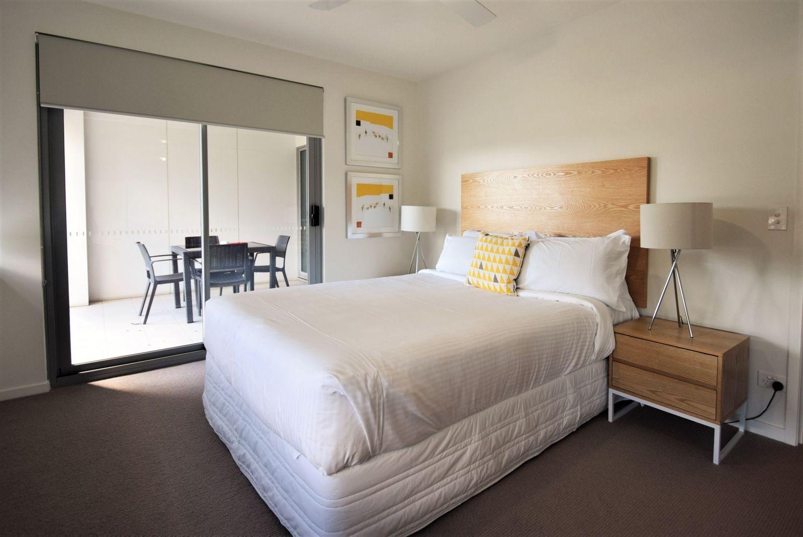 914/35 Harbour Road, Hamilton QLD 4007, Image 2