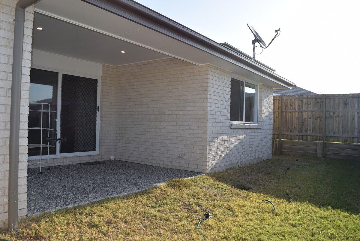 8 Cooloola Circuit, Warner QLD 4500, Image 9