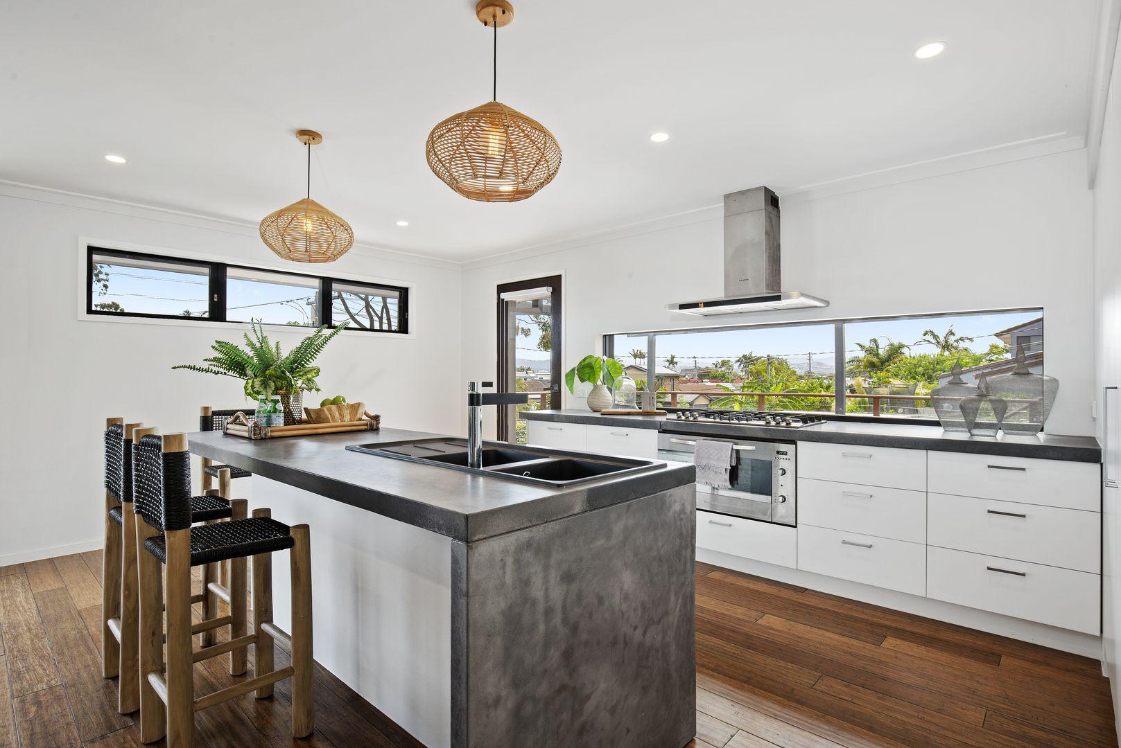 55 Dunkeith Avenue, Benowa Waters QLD 4217, Image 0