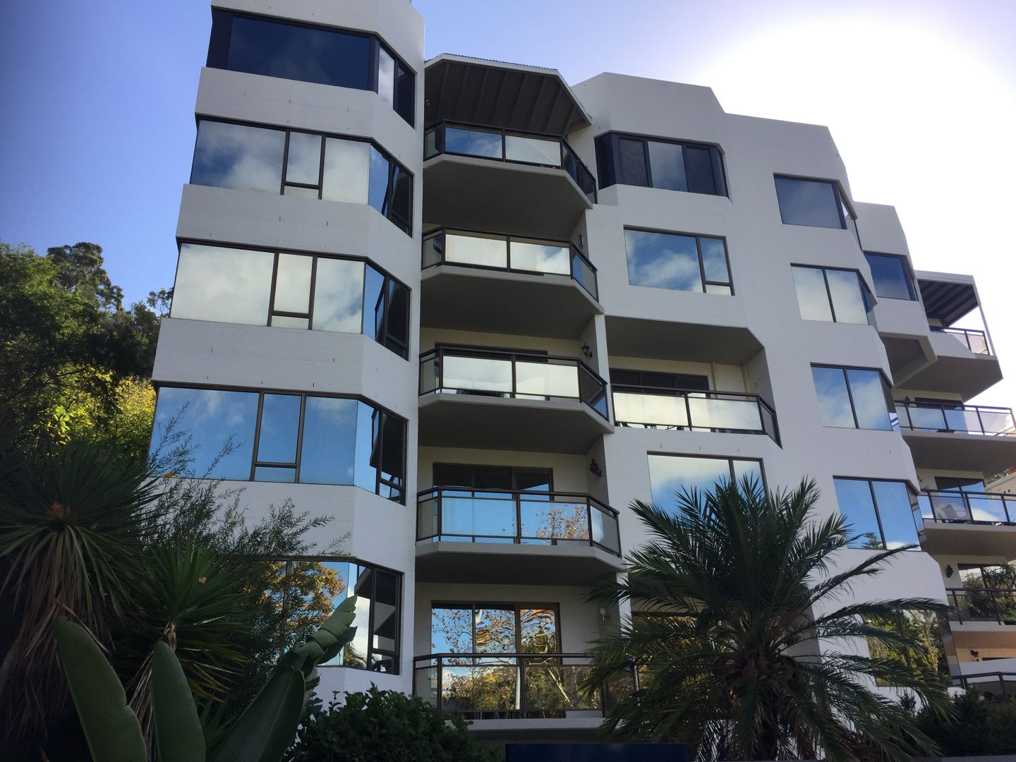 2/168 Mounts Bay Road, Perth WA 6000, Image 0
