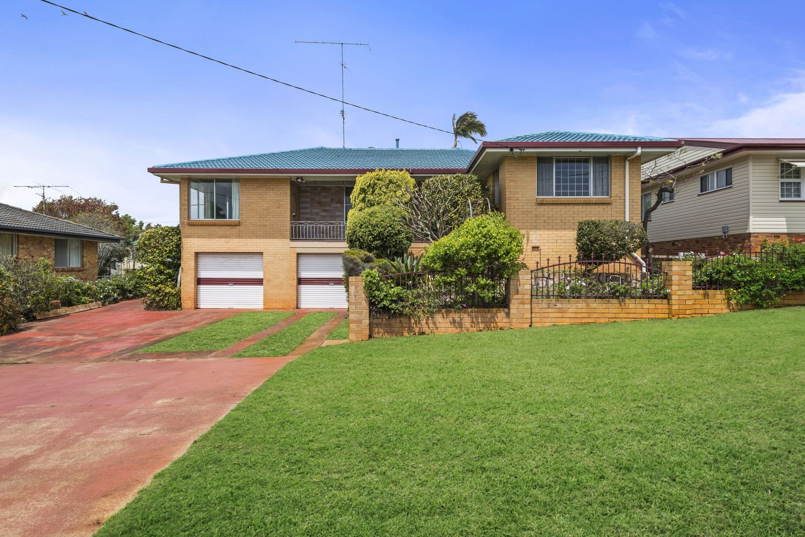 16 Hunter Street, Centenary Heights QLD 4350, Image 0