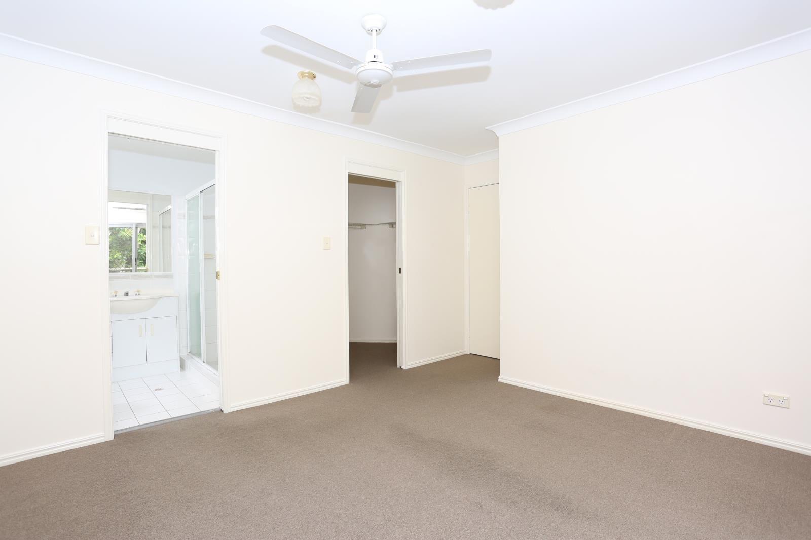 11/11 Glin Avenue, Newmarket QLD 4051, Image 2