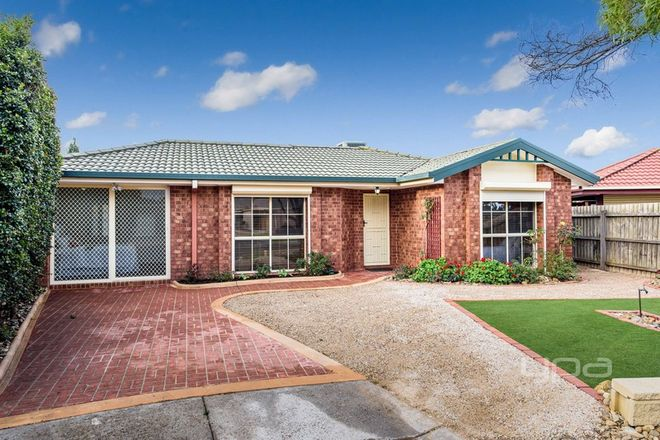 Picture of 10 Chamney Place, ROXBURGH PARK VIC 3064