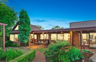 Picture of 10 Gregory Mews, Forest Hill VIC 3131