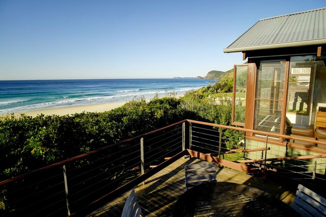 BLUEYS BEACH NSW 2428