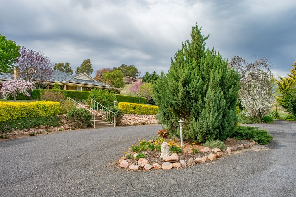 39A DONCASTER DRIVE, Cowra NSW 2794, Image 2