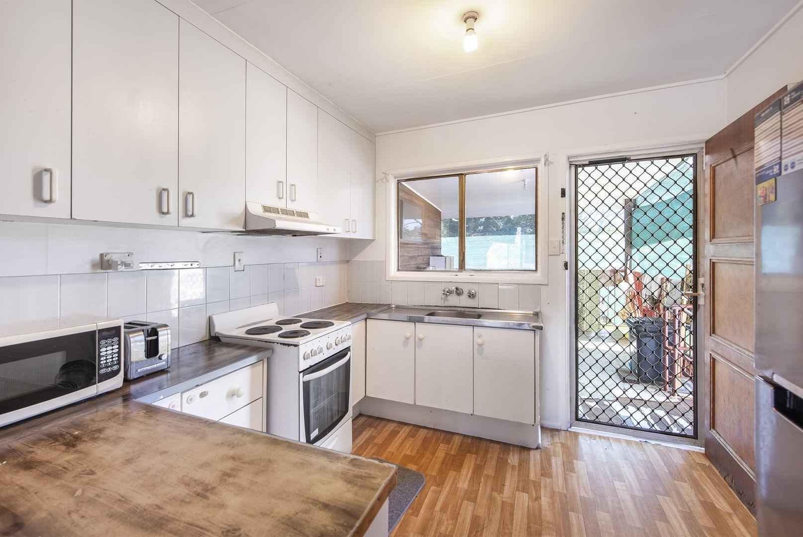 21 Orchid Street, Woodridge QLD 4114, Image 2