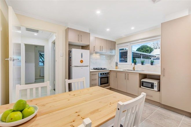 Picture of 2/8 Overbury Drive, CLARENCE PARK SA 5034