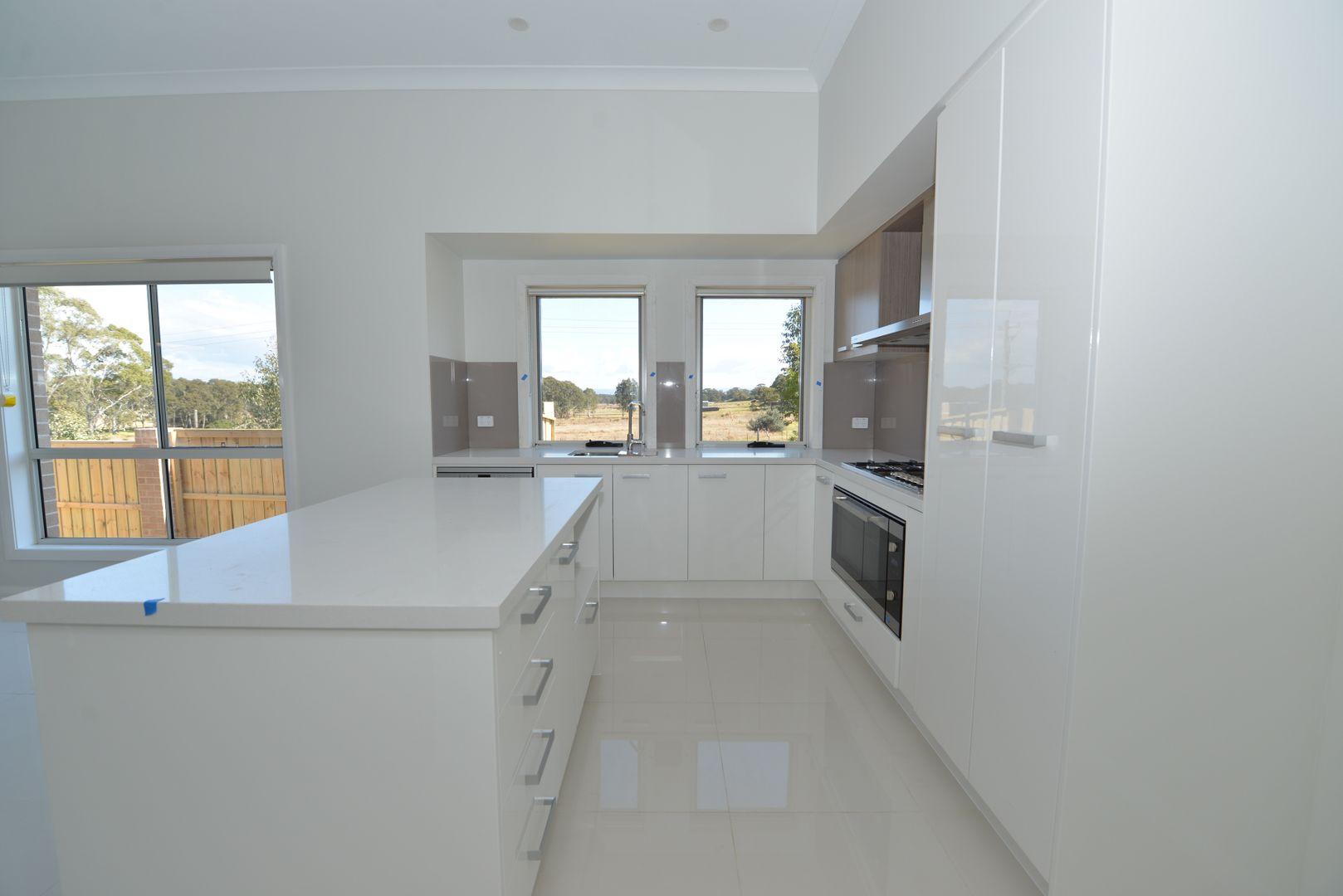 150 Longerenong Avenue, Box Hill NSW 2765, Image 2