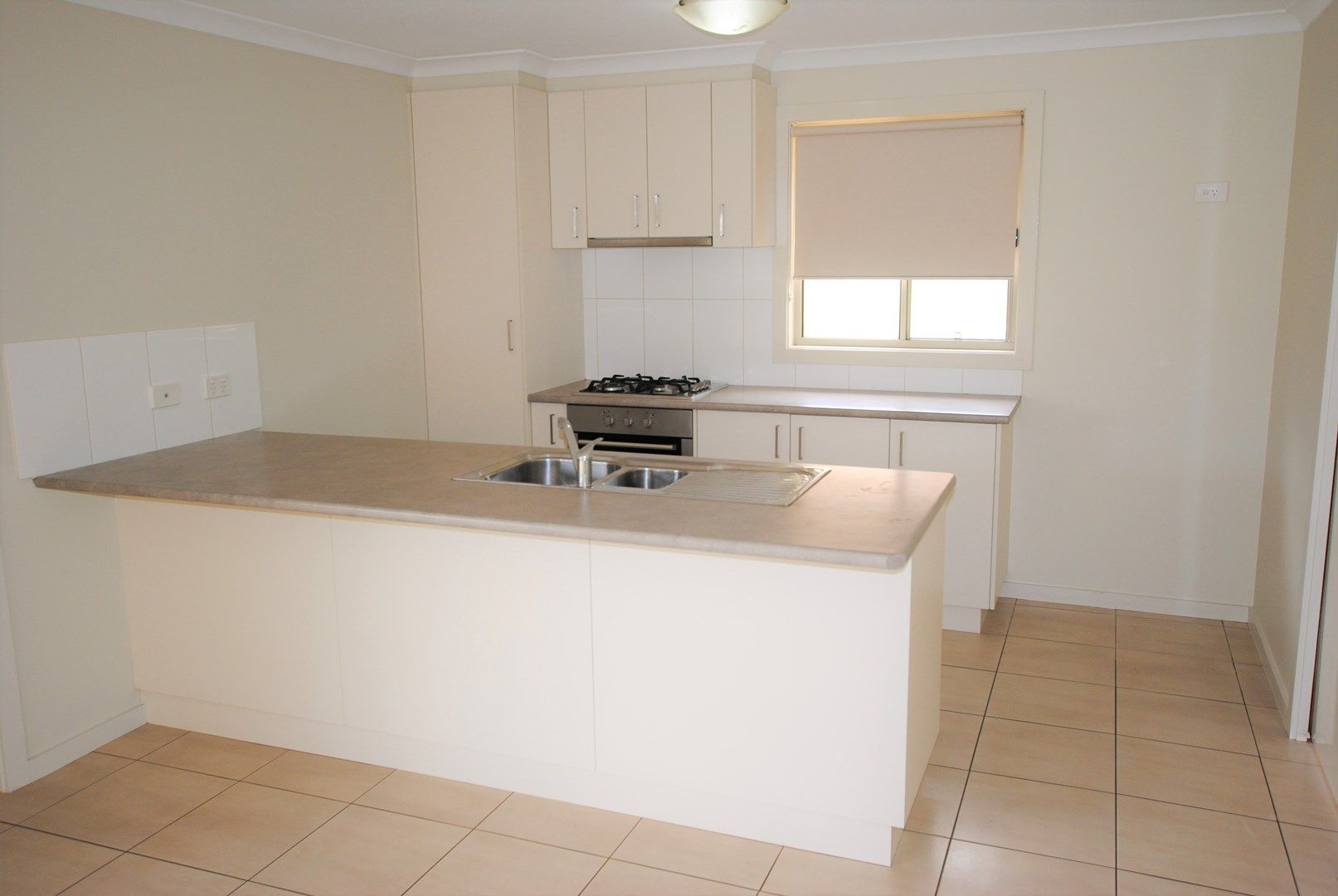 10 Gillmartin Drive, Griffith NSW 2680, Image 2