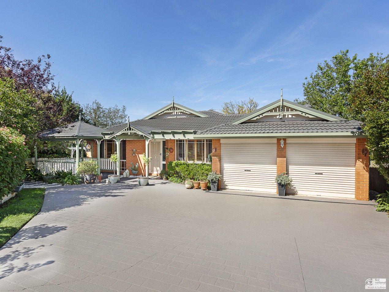 17 Myrtle Grove, Bella Vista NSW 2153, Image 0