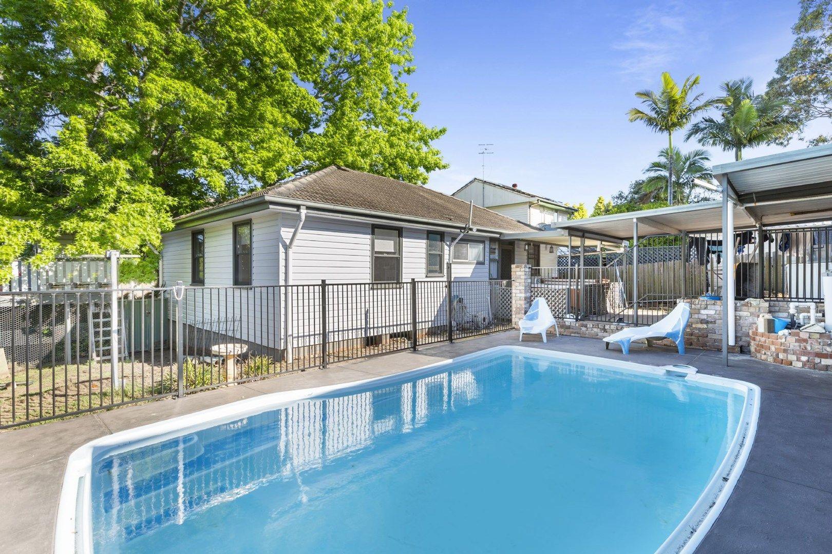 18 Owen Ave, Wyong NSW 2259, Image 0