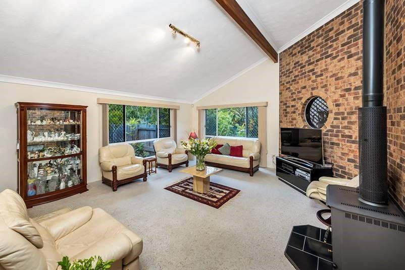 38 Tangmere Street, Chapel Hill QLD 4069, Image 1