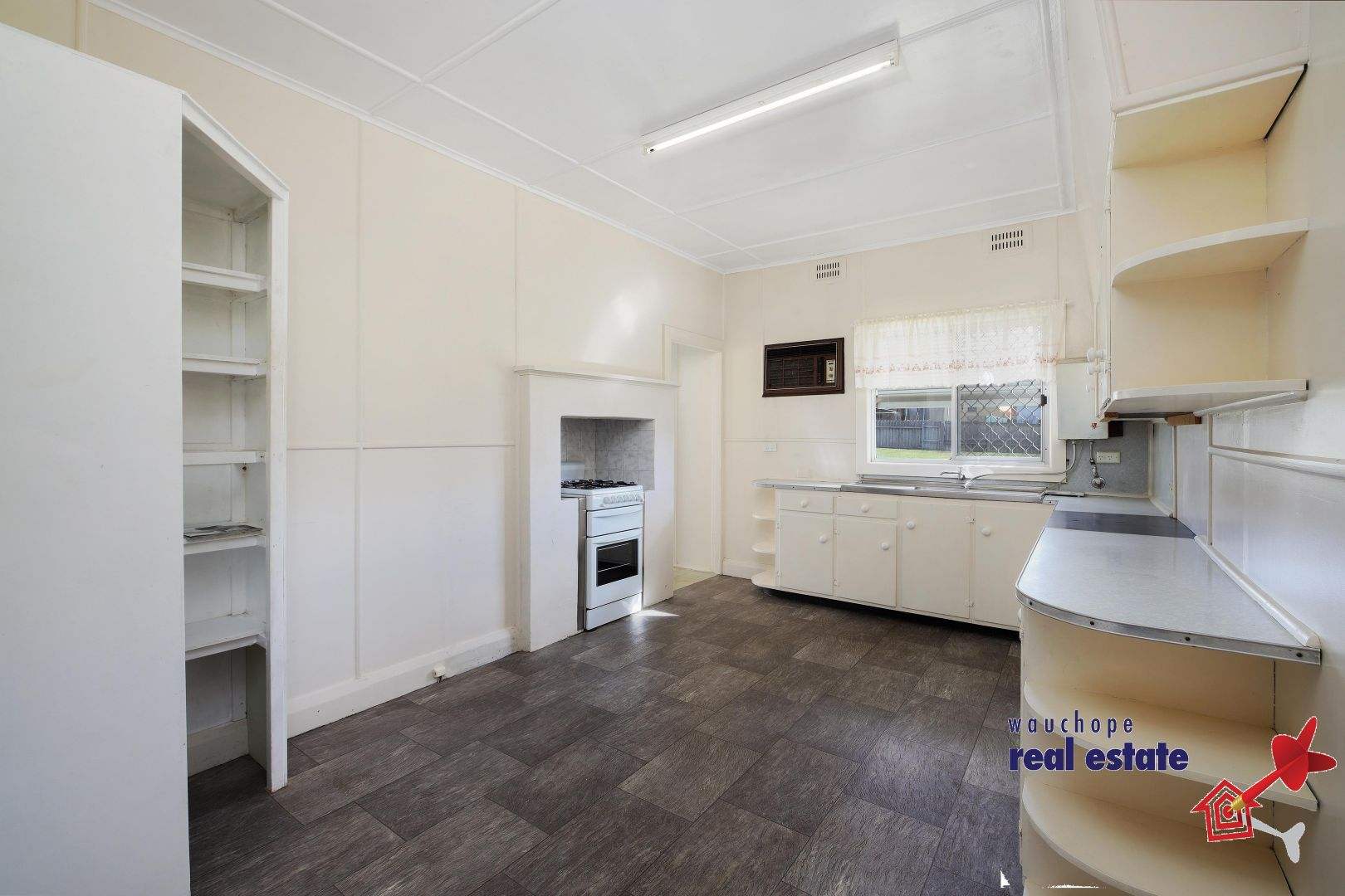 27 Gowrie Road, Wauchope NSW 2446, Image 2
