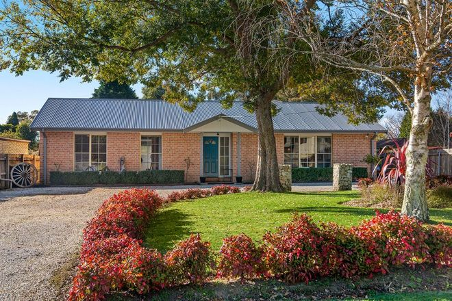 Picture of 57 Parkes Road, MOSS VALE NSW 2577