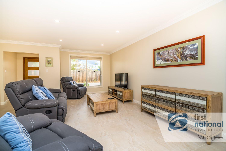 6a Burrundulla Avenue, Mudgee NSW 2850, Image 2