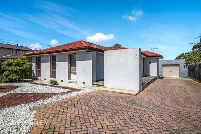 Picture of 9 Magnolia Avenue, KINGS PARK VIC 3021
