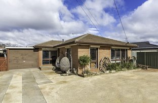 Picture of 17 Acacia Crescent, Melton South VIC 3338