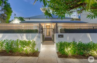 Picture of 54 Linton Street, Kangaroo Point QLD 4169