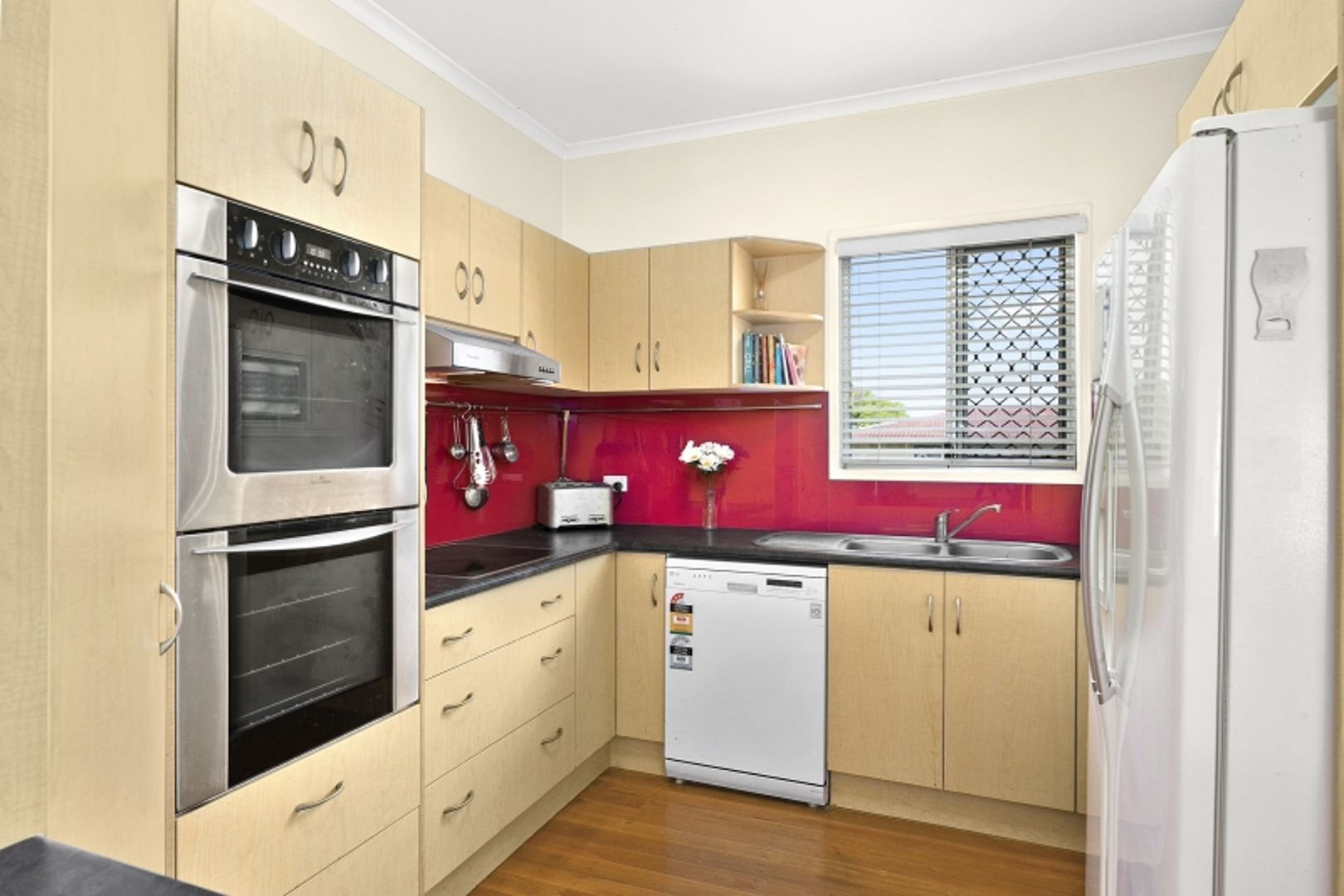 34 Thomson Avenue, Woodridge QLD 4114, Image 1