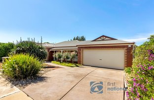 Picture of 32 Pinnacle  Crescent, Brookfield VIC 3338