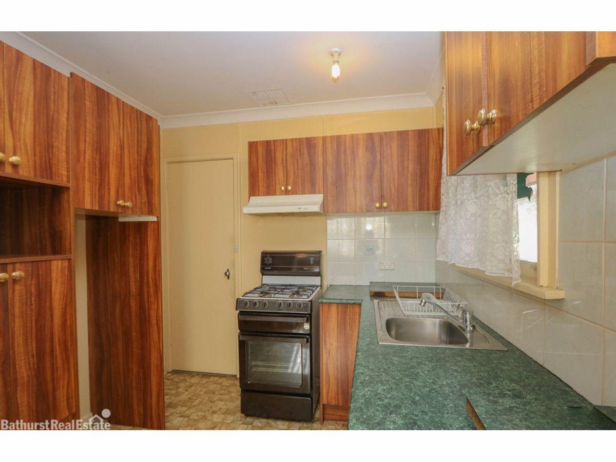 2 Lloyds Road, South Bathurst NSW 2795, Image 2