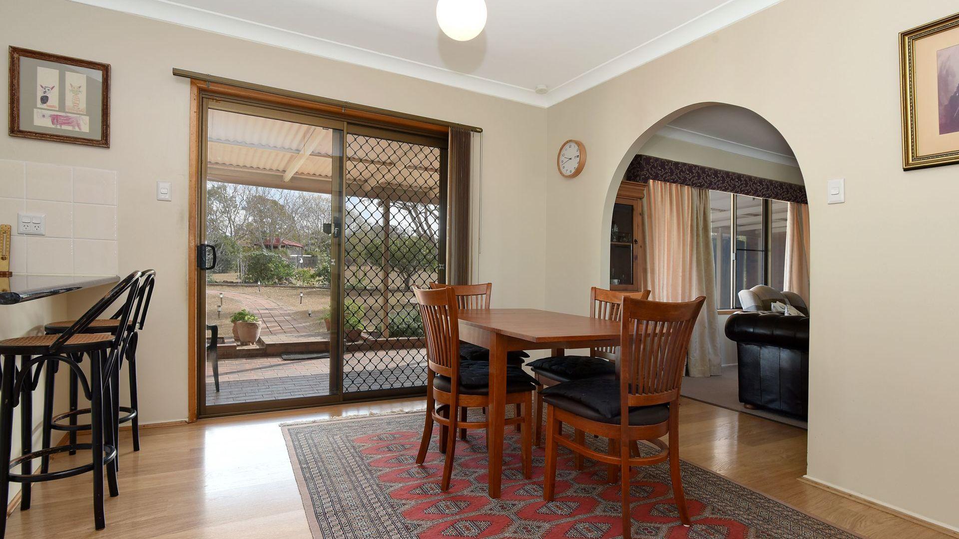 65 Valley View Drive, Meringandan West QLD 4352, Image 2