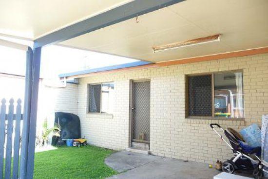 1/8 Byron Street, Mackay QLD 4740, Image 2