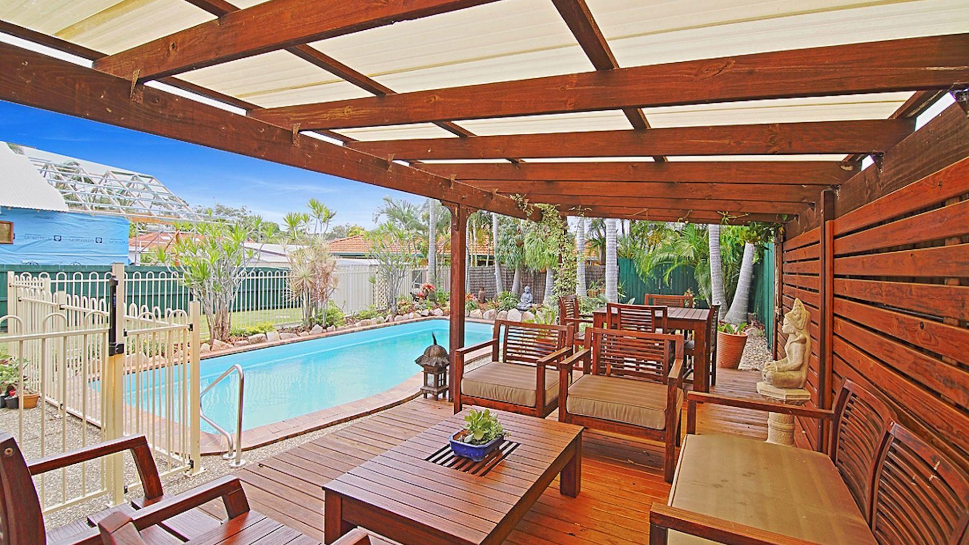 11 Barton Avenue, Southport QLD 4215, Image 1