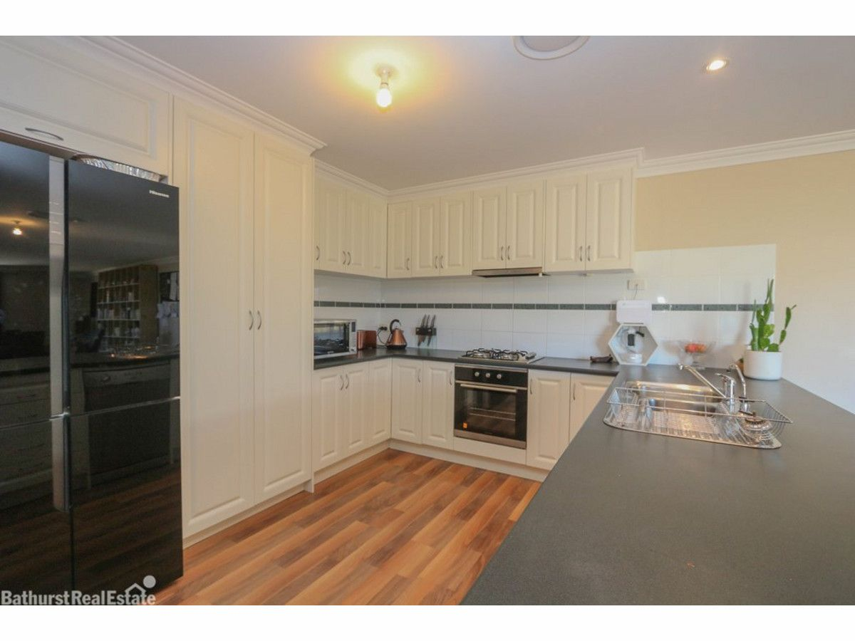 9 Ruby Place, Kelso NSW 2795, Image 1
