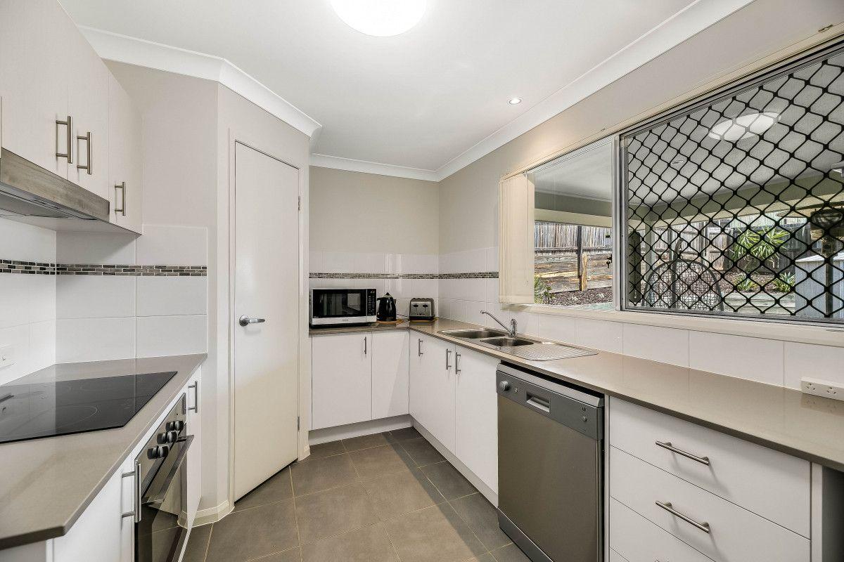 15 Adelaide Street, Cranley QLD 4350, Image 1