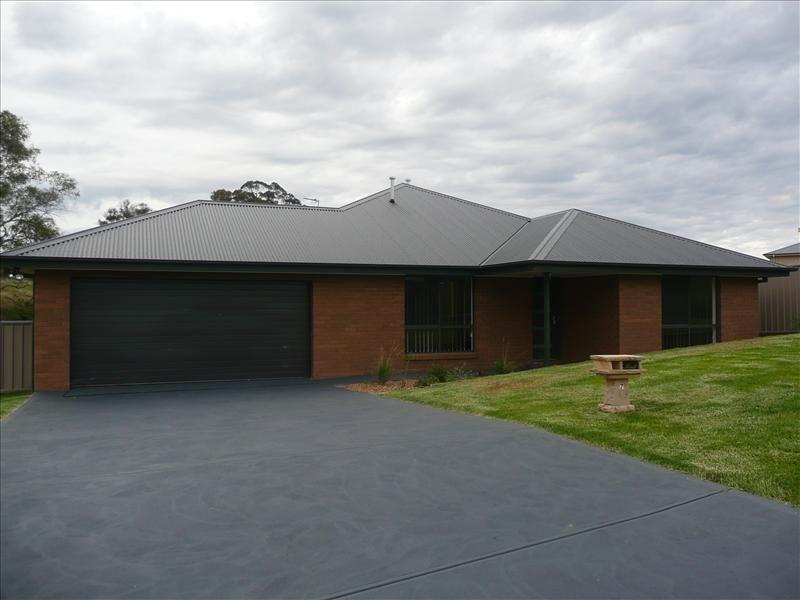 7 Callistemon Place, Orange NSW 2800, Image 0
