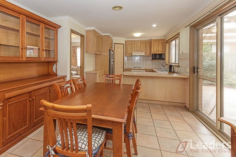 59 Lakewood Drive, Knoxfield VIC 3180, Image 2