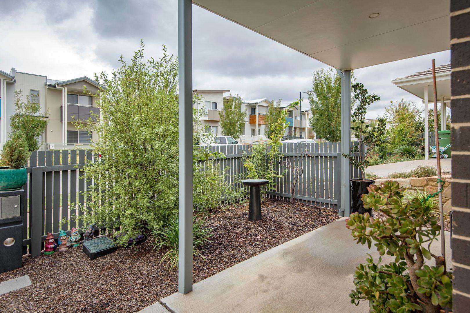 15 Plummer Street, Googong NSW 2620, Image 2