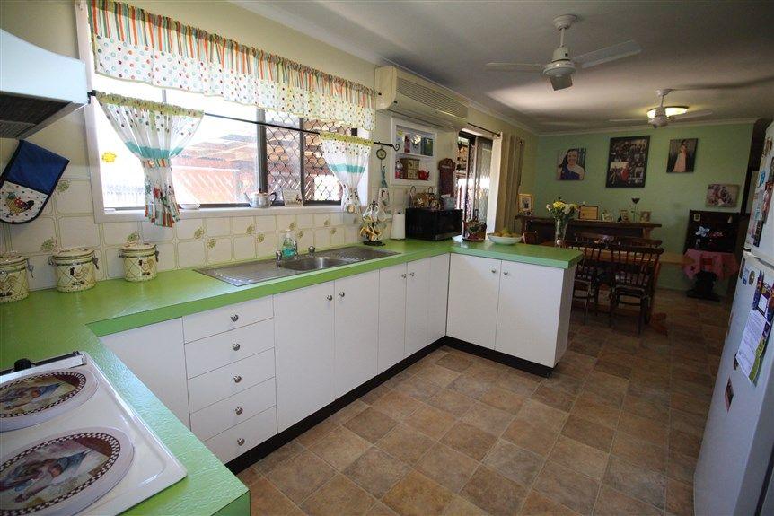 12 Michael Avenue, Sarina QLD 4737, Image 2