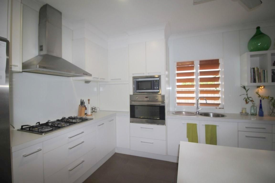 22 Mariner Drive, South Mission Beach QLD 4852, Image 2