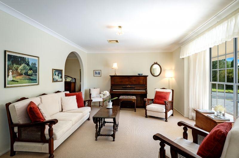 13 Sir Donald Bradman Drive, Bowral NSW 2576, Image 2