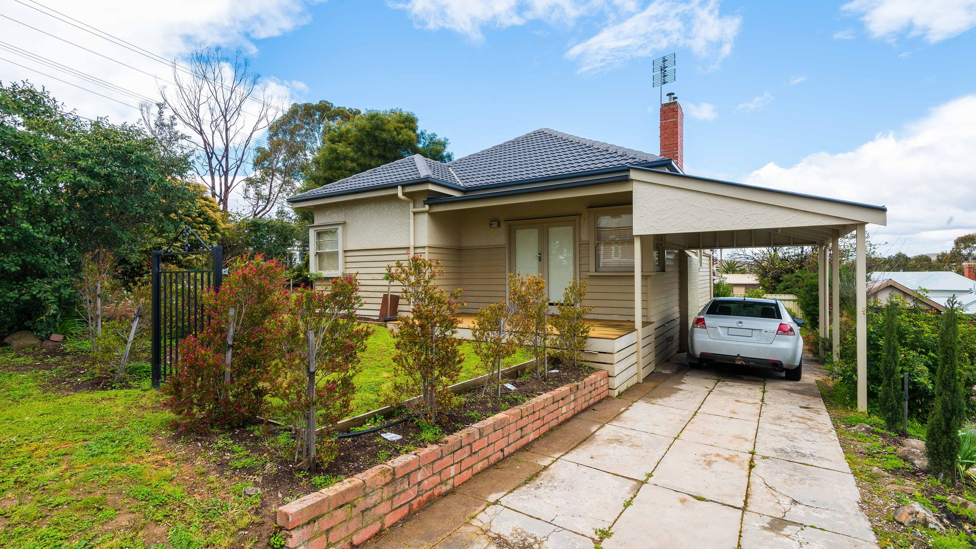 38 Russell Street, Quarry Hill VIC 3550, Image 1