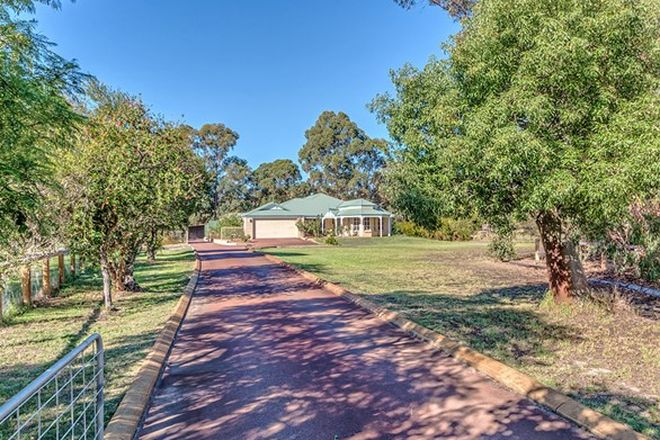 Picture of 25 Hillview Close, SERPENTINE WA 6125