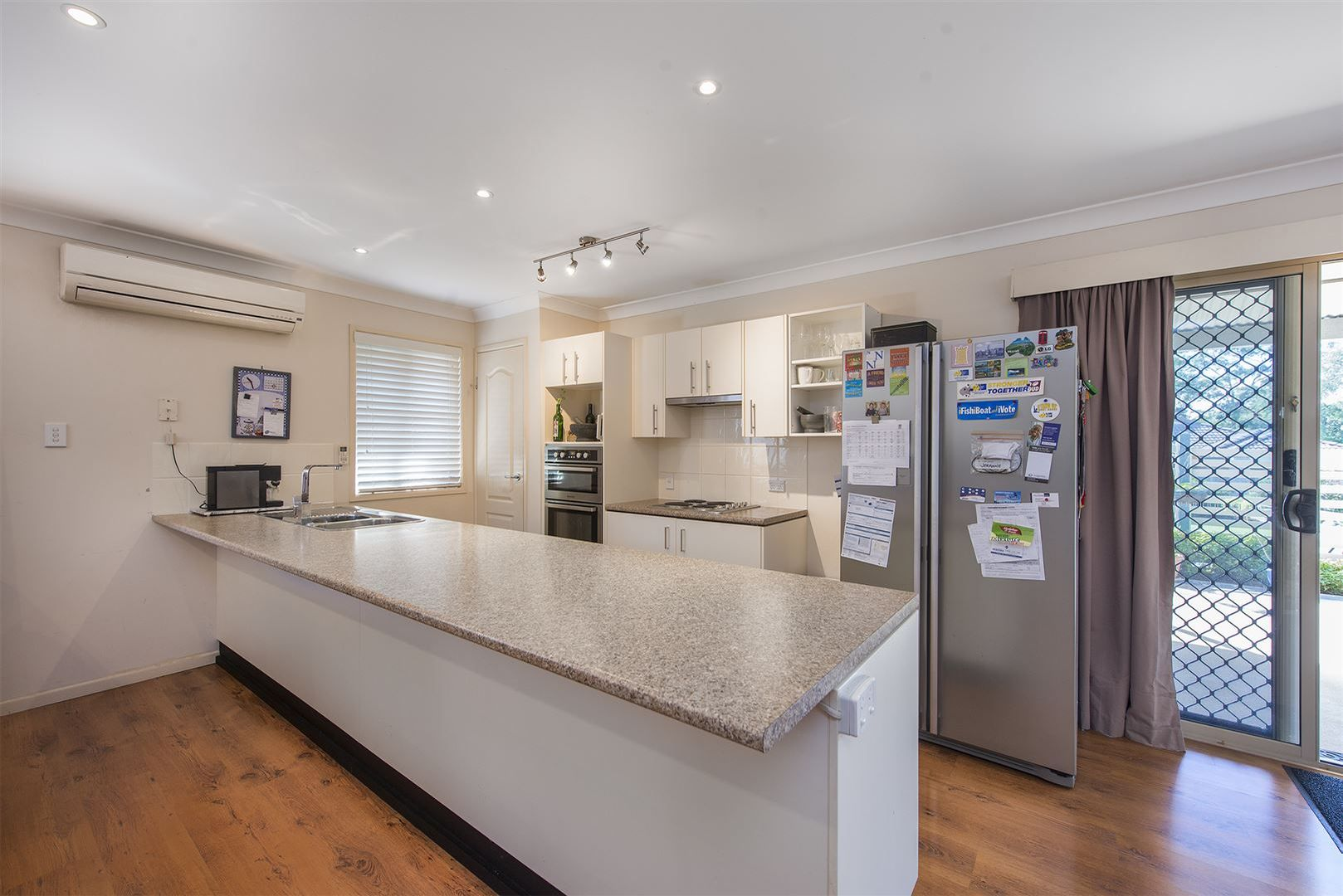 8 Rhonda Place, Oxley QLD 4075, Image 1