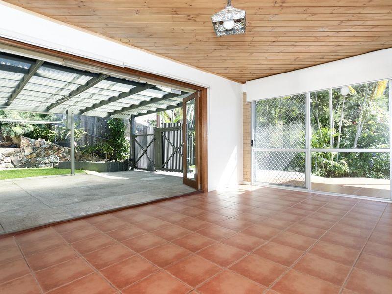 29 Yeerinbool Court, Arana Hills QLD 4054, Image 0