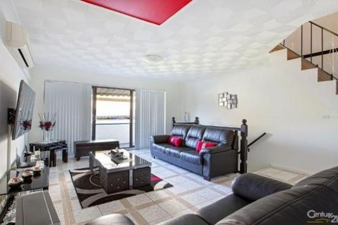 Picture of 1/85 SMART STREET, FAIRFIELD NSW 2165