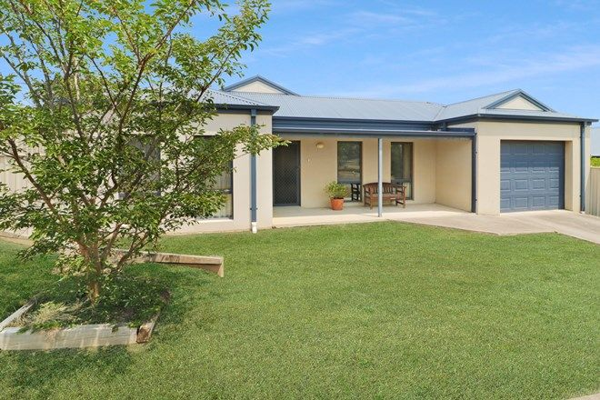 Picture of 39 Somerset Crescent, MANSFIELD VIC 3722