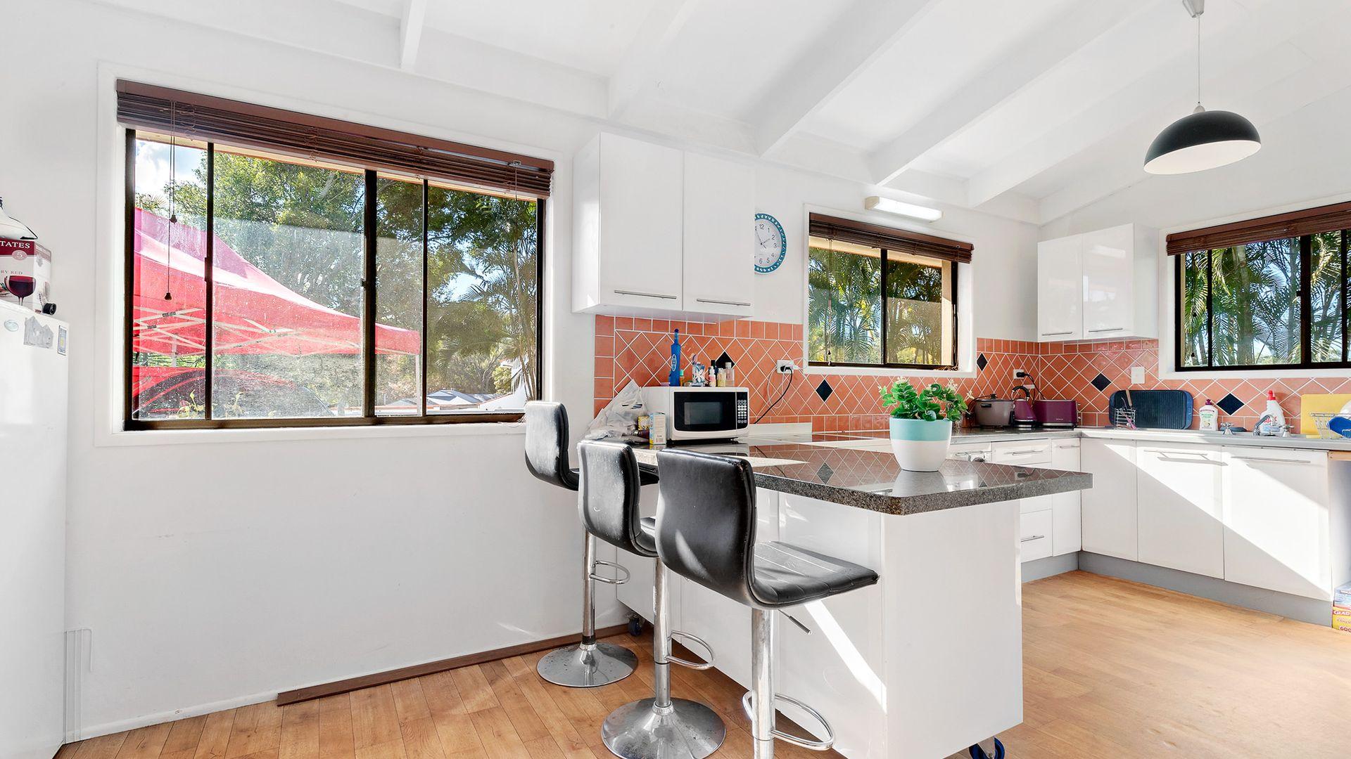 2 Bodiam Court, Strathpine QLD 4500, Image 1