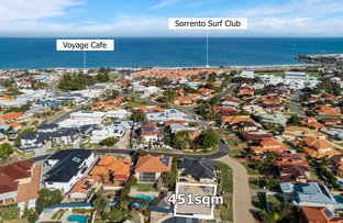 Picture of 1/2 Geordie Rise, Sorrento WA 6020