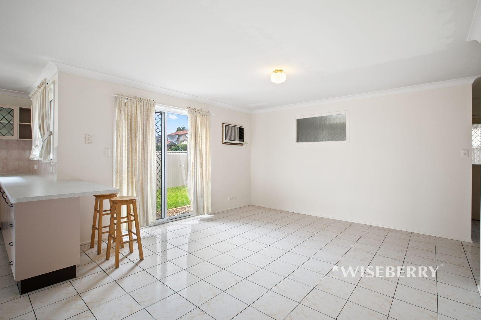 8 Lygon Street, Lake Haven NSW 2263, Image 2