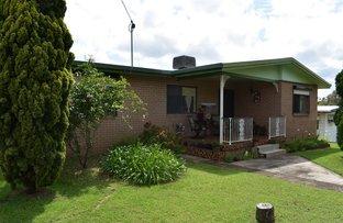 12 Balfour Street, Mount Larcom QLD 4695
