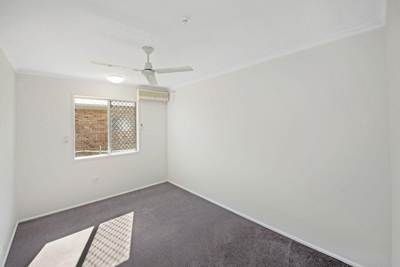 17 Bernborough Avenue, Ooralea QLD 4740, Image 2
